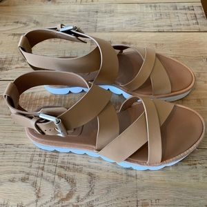 Size 40 See By Chloe Tan Sandals w/ Scallop Edge